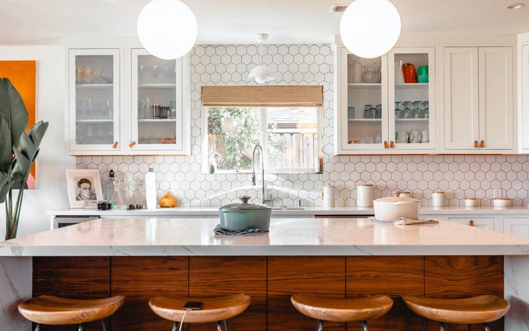 What is the Difference Between Modern and Traditional Kitchen Styles?
